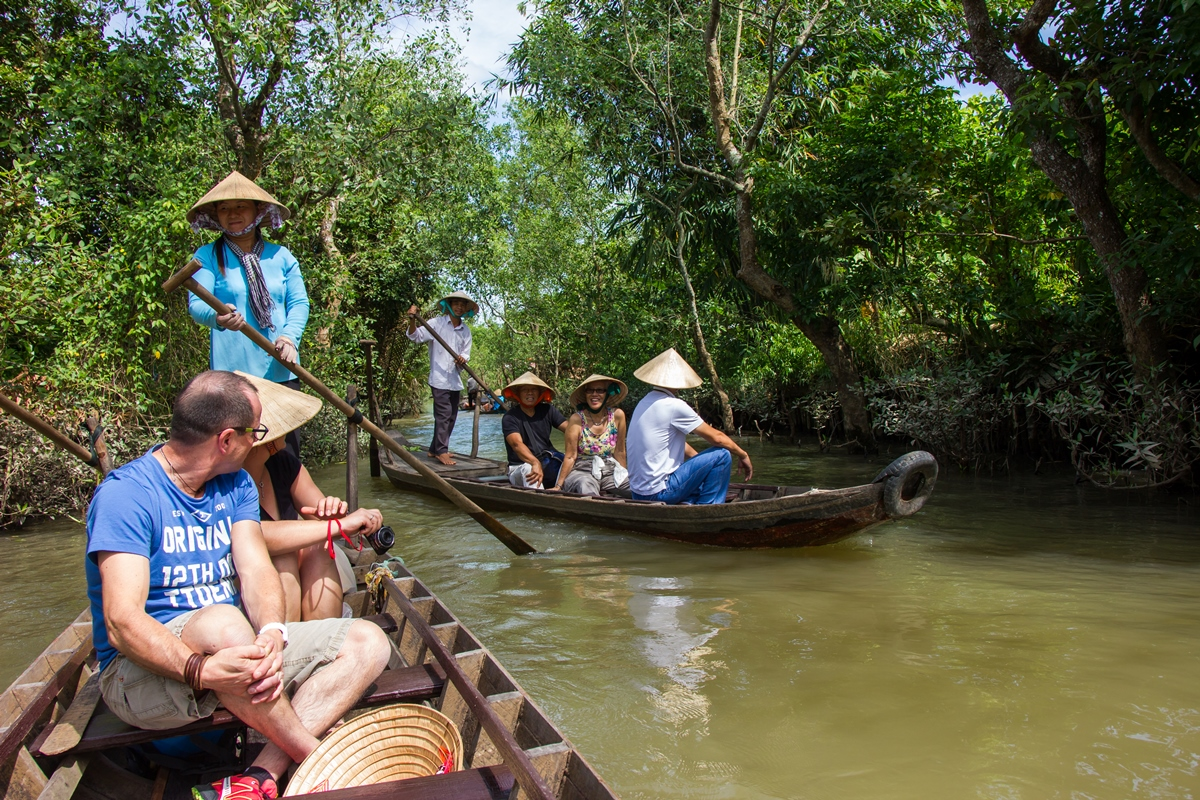 Day 2: Mekong Delta – Cai Be floating market (BL) - by minivan